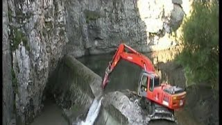 """Download """"LA GOTERA"""" DAM REMOVAL BERNESGA RIVER Video"""