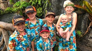 Download We caught 4 Fish!! Family Fun Pack at the Polynesian Cultural Center Video