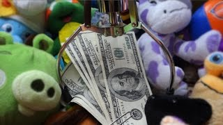 Download Winning $1000 From the Claw Machine! Video
