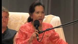 Download Face Life with Courage-Lecture by Supreme Master Ching Hai in London, England June 9, 1999 Video