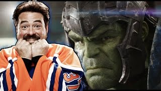 Download Kevin Smith reacts to the THOR: RAGNAROK trailer Video