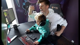 Download Mini Jake Paul Plays FORTNITE At The TEAM 10 HOUSE!! Video