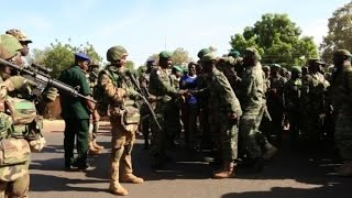 Download Senegal soldiers welcomed in Gambia Video