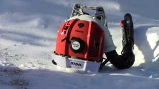 Download Blowing Snow With The Stihl Br600 Magnum Backpack Blower Video