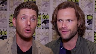 Download Supernatural Cast Play 'Who's Most Likely To?″ At Comic Con 2017 Video