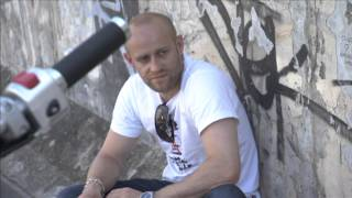 Download Jürgen Vogel testet die Suzuki Intruder Video