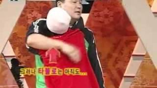 Download Tablo vs Kang Ho Dong Video