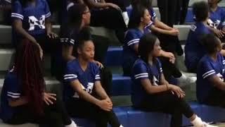 """Download Highschool cheerleaders pumping them bleachers up💪🏽❤️""""hey you let's pump it up"""" ❤️u rock ladies !! Video"""