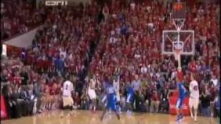 Download Fan Reaction to Indiana Beating Kentucky on Buzzer Beater Video