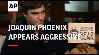 Download Joaquin Phoenix appears aggressive to journalist Video