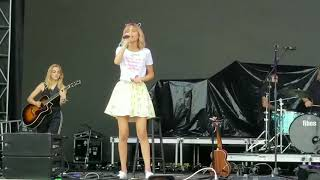 Download Grace VanderWaal ACL Festival Week 2 (Oct 14 2017) Video