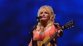 Download Dolly Parton Performs Rocky Top for University of Tennessee Graduates Video