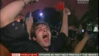 Download Obama wins - world reacts Video