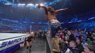 Download Mickie James vs. Womens Champion Michelle McCool Video