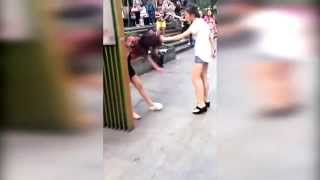 Download Original small three street beat 重庆街头原配暴打小三 怒扯头发引众人围观 Video