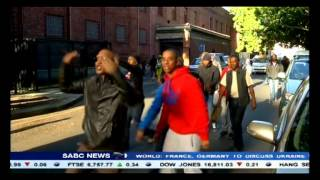Download A bomb threat and gang violence at Mitchell's Plain Magistrate's court Video