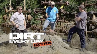Download Dana 44s vs. Chevy 10-Bolt Front Axles: Which Is Better? - Dirt Every Day Extra Video
