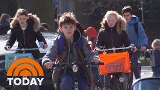 Download Dutch Children Deemed The Happiest In The World By UNICEF | TODAY Video