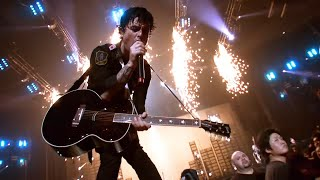 Download Green Day - 21 Guns [Live] Video