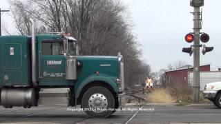 Download Santa Train vs. idiots ignoring crossing signal - Canton, IL 12/8/12 Video