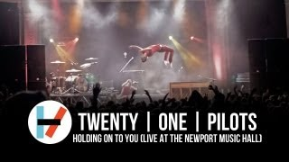 Download twenty one pilots: Holding on to You (Live at Newport Music Hall) Video