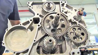 Download BMW F1 Car BT52 1,280 hp Engine Assembly Video
