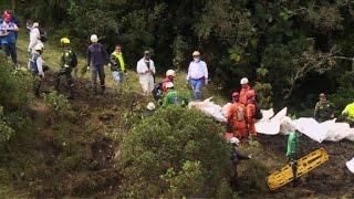 Download Localizan cajas negras del avión del Chapecoense brasileño Video