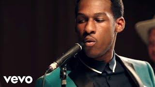 Download Leon Bridges - Smooth Sailin' Video