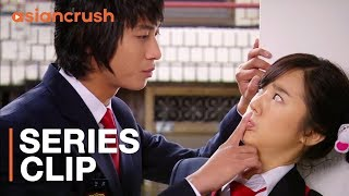 Download An actual prince goes to my high school...and he's looking for a wife   'Princess Hours' Video