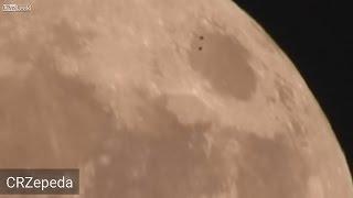Download ¿SALVADOREÑO GRABA UN OVNI SOBREVOLANDO LA SÚPER LUNA? 17 DE NOVIEMBRE DE 2016 (EXPLICACIÓN) Video