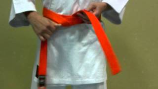 Download Como atarse el cinto de karate de forma sencilla Video