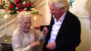Download Richard Branson surprises his mom at her D.C. book signing Video