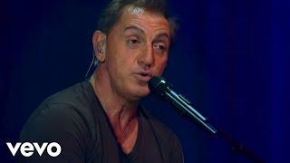Download Franco De Vita - Tan Sólo Tú (Live) ft. Alejandra Guzmán Video