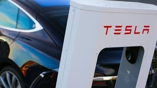Download Powering the Charge for Electric Cars Video