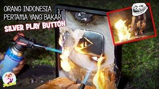 Download 2 DARI INDONESIA!! 11 YOUTUBER YANG MERUSAK PLAY BUTTON DARI YOUTUBE Video