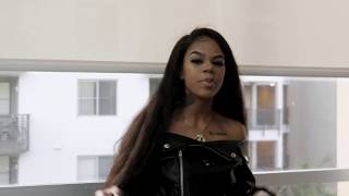 Download Molly Brazy - Draco Video