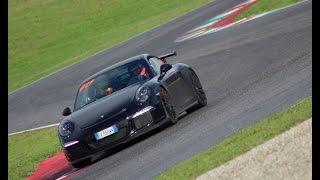 Download Porsche 991 Gt3 @ Mugello by night Video
