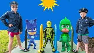 Download PJ Masks and Vampirina Hunt with the Assistant and Batboy Ryan and spooky Skeleton Video
