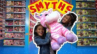 Download Kids Pretend Play | Naiah and Elli Spend £200 at Smyth's Toy Hunt Challenge Video