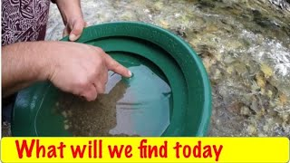 Download Gold Prospecting At Perry Creek Video