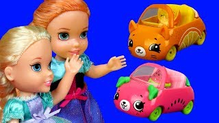 Download Cutie Cars ! Elsa and Anna toddlers are having fun - Aurora is upset - playdate playset mini cars Video