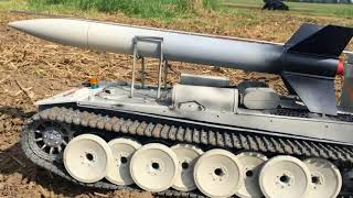 Download DER TANK remote controlled rc tank with rocket launcher Panzer Rakete Video