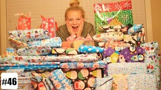 Download EXTREME CHRISTMAS PRESENT WRAPPING Video