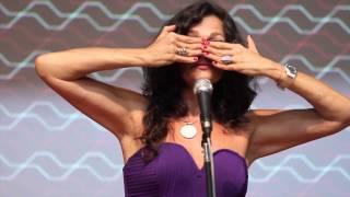Download Criando Comunidades Criativas e Colaborativas   Lala Deheinzelin   TEDxJardinsSalon Video