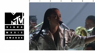Download Rihanna - Stay / Love On The Brain / Diamonds (Live From The 2016 MTV VMAs) Video