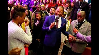 Download NOT SEEN BEFORE: Pastor Alph LUKAU gives a man a wife right in Church Video