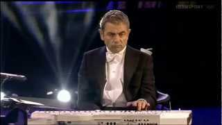 Download The London Symphony Orchestra With Mr. Bean (Rowan Atkinson) - Chariots of Fire Video