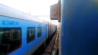 Download Highlights from the Train Journey from Vijayawada to Mumbai by 18519 VSKP - LTT Express Video