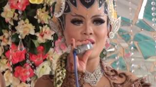 Download Pengantin & Pendamping Cantik Punya Suara Sangat Merdu #Lungset Video
