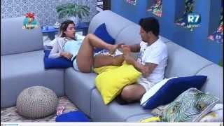 Download A Fazenda 8 29 09 15-02: 00 Thiago Servo passando a mão Nos Peitos dá Ana Paula P/2 #AFazenda Video